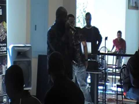 ZOOMAN & Q perform wAFFLE hOUSE @Phat Comedy in da Cafe
