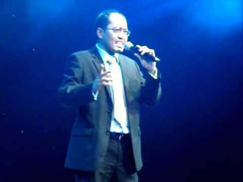 Noel Gascon - Comedy Act at Rex Navarrete @ Resorts World Manila Part 02