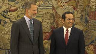 El Rey recibe en audiencia al ministro de Exteriores catarí, el Jeque Mohamed bin Abdulrahman al Thani