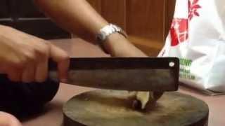 Hồng Sâm Hàn Quốc K-GIN xin giới thiệu đến quý khách hàng hướng dẫn cách thái nấm linh chi khô. Mọi chi tiết thắc mắc xin vui lòng liên hệ theo số Hotline: 0...