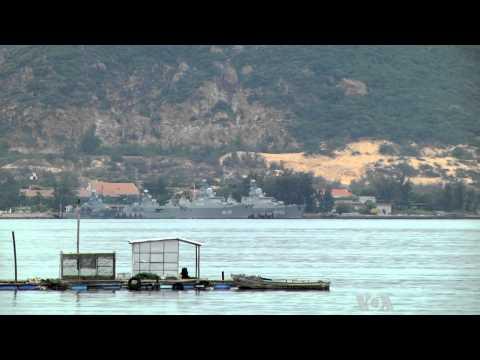 Vietnam, China Trade Flourishes Despite South China Sea Tensions