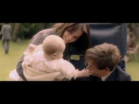 The Theory Of Everything - Official Trailer (2015) Universal Pictures (HD)
