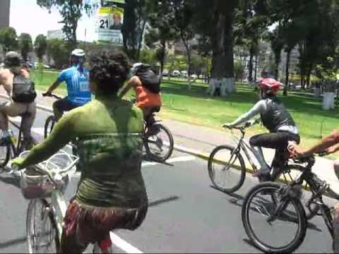 Estos fueron los ciclistas que pasearon desnudos por Lima