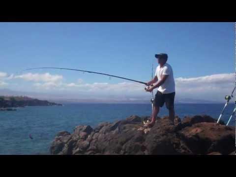 Bait-casting a live Menpachi for Omilu/Ulua – Big Island, HI