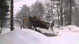 Volvo G740 With V Plow And Wing Plow Shelfing
