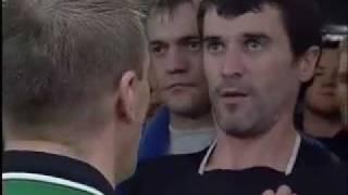 Roy Keane und Patrick Vieira geraten im Spielertunnel aneinander