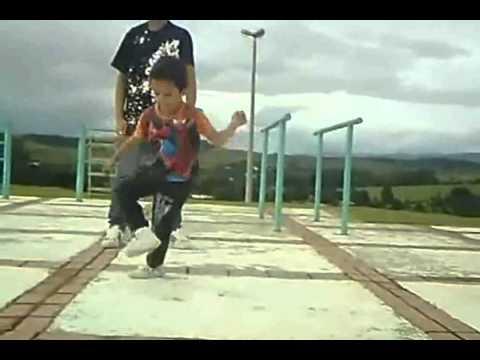 Niño duo baile impresionante - Videos Chistosos Rafiki