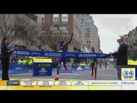 Lawrence Cherono Wins Men's Boston Marathon By One Second In Dramatic Finish