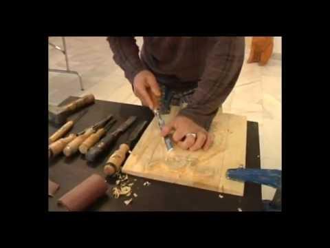 Tallado en Madera - Reportaje amplio emitido en el programa De Cerca de Teletoledo, sobre el talldo en madera. Para realizar el programa nos hemos trasladado hasta Fuensalida, e...