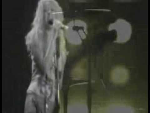 Tekst piosenki Shakira - Come Down Love po polsku