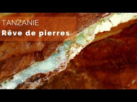 COLLIER de RUBIS NATURELS, 495 carats, 5 RANGS, 48 centimètres