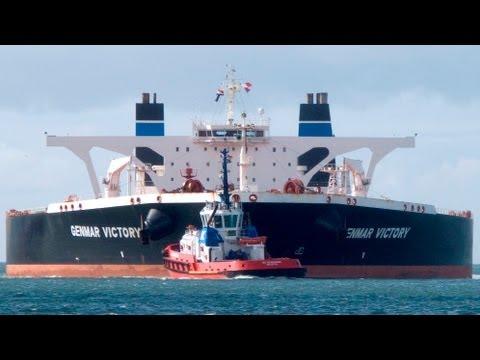 tanker - Foto verslag van een loodsreis op 30 augustus 2012 met de semi-geuler Genmar Victory naar de Europoort. Door registerloods Robert Blonk. Deep draught tanker ...