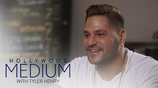 Video Tyler Can't Help But Laugh at Ronnie Ortiz-Magro's Story | Hollywood Medium with Tyler Henry | E! MP3, 3GP, MP4, WEBM, AVI, FLV Juni 2018