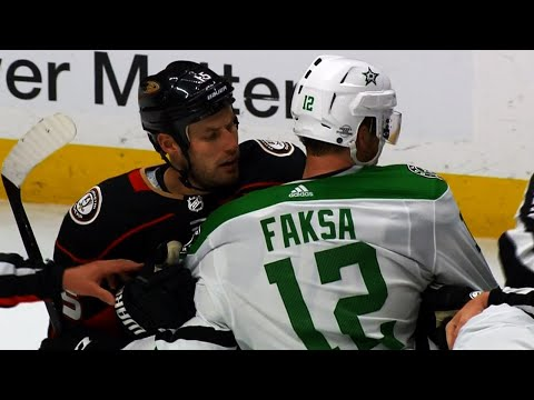 Video: Ducks, Stars end hotly contested game with fight