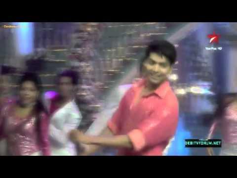 Video Gurmeet Choudhary VM - Tere Naal Naal (with Debina, Kratika, Shampa, Mouni) download in MP3, 3GP, MP4, WEBM, AVI, FLV January 2017