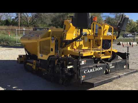 VOLVO PAVIMENTADORA DE ASFALTO CP100 equipment video VoWTsJYfQVo