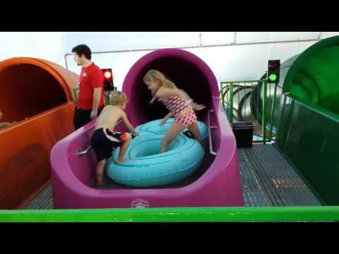 Kids at Fallsview water park