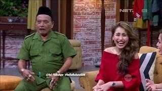 Video The Best of Ini Talkshow - Para Bintang Tamu Ini Geli Saat Melihat Pak RT Bersih - bersih MP3, 3GP, MP4, WEBM, AVI, FLV Januari 2019