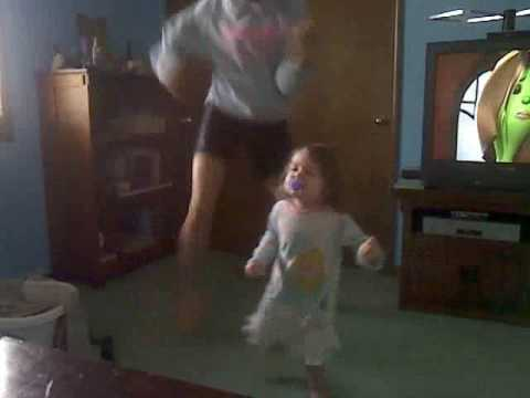 My little sister Hardcore Dancing