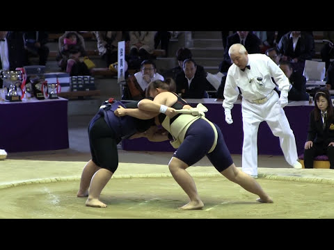 النساء في مباريات السُومو