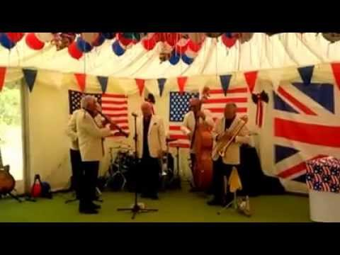 Society Jazz Band - LIVE