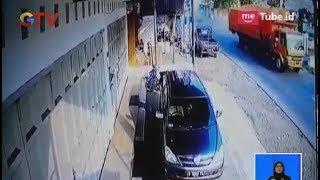 Video Rekaman CCTV Detik-detik Kecelakaan Maut Tewaskan 12 Orang di Brebes - BIS 21/05 MP3, 3GP, MP4, WEBM, AVI, FLV Januari 2019