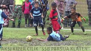 Video Buat Lawan Frustasi, Aksi Kiper Cilik Ini Mengundang Decak Kagum MP3, 3GP, MP4, WEBM, AVI, FLV April 2019
