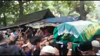 Video Merinding!!! Ada Keanehan saat jenazah Jupe tiba di Pemakaman Pondok Ranggon!!! MP3, 3GP, MP4, WEBM, AVI, FLV Agustus 2018