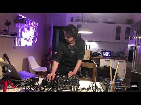 Elmar Strathe @ Studiotwenty3 in the kitche (Livestreamset)