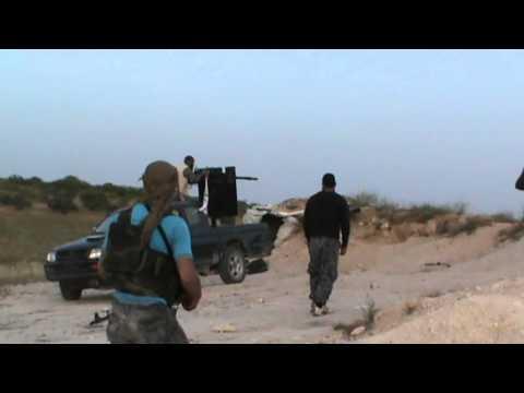 حماة : الريف الشمالي : التصدي لمحاولة قوات النظام التقدم من جهة كتيبة الدبابات في #مورك