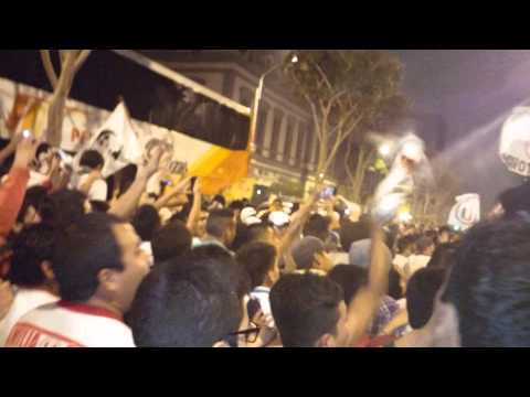 Video - LA MEJOR HINCHADA DE TODAS - Trinchera Norte - Universitario de Deportes - Peru