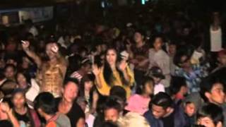 Download Lagu OT INNOVA Live Show Sungai Batang Bom Lais Malam Tahun Baru 2014 Mp3