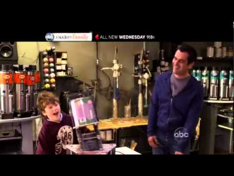 Modern Family 2.20 (Preview)