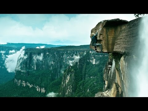 Point Break (Featurette 'Rock Climbing')