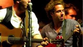 Mumford & Sons- Wagon Wheel (Live in Bristol) Gentlemen Of The Road