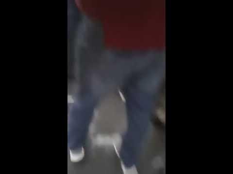 Manele si bătaie în tramvaiul 41 București (video)