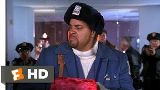 Nonton Jingle All the Way (3/5) Movie CLIP - Harmless Package (1996) HD Film Subtitle Indonesia Streaming Movie Download