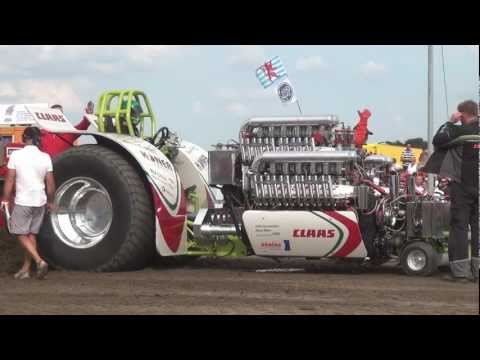 Tractorpulling - Green Monster + Fighter @ Tractor Pulling Edewecht 05.08.2012 by MrJo.