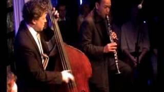 Django a la creole performing – Duc des Lombards