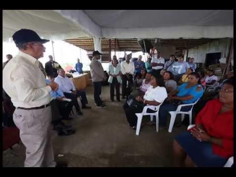 Presidente Medina apoya a productores de Monte Plata