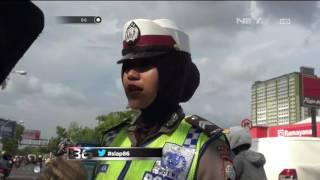 Video Ditilang Petugas, Gadis ini Malah Asyik Video Call Sama Temannya - 86 MP3, 3GP, MP4, WEBM, AVI, FLV Juni 2017