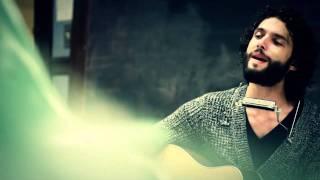 Alexandre Poulin - L'écrivain acoustique (2011) - YouTube