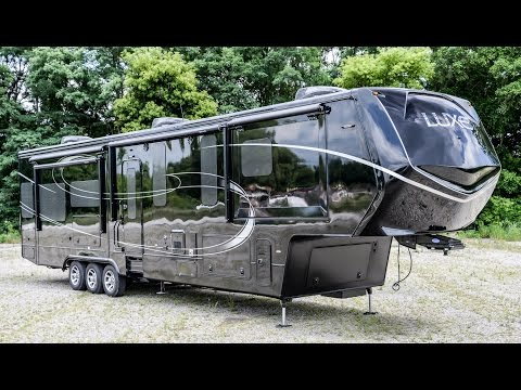 NEW 2017 LUXE LF-42MD | Luxury Fifth Wheels