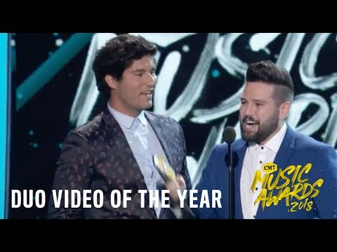 """Video Dan + Shay, """"Tequila"""" 