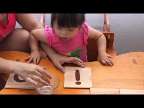 Aplicando Montessori para aprender las vocales