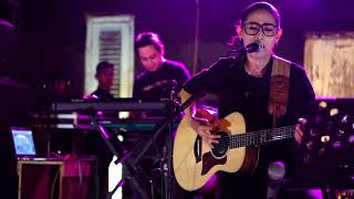 Video Dewa 19 - Aku Milikmu | Cover by Nufi Wardhana at Nest Coffee Jombang MP3, 3GP, MP4, WEBM, AVI, FLV November 2018