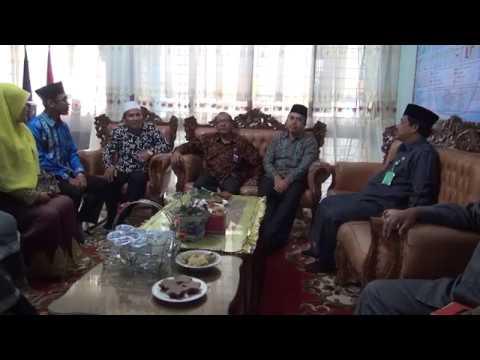 Kepala Kanwil Kementerian Agama Provinsi Aceh melakukan kerja ke sejumlah kabupaten.