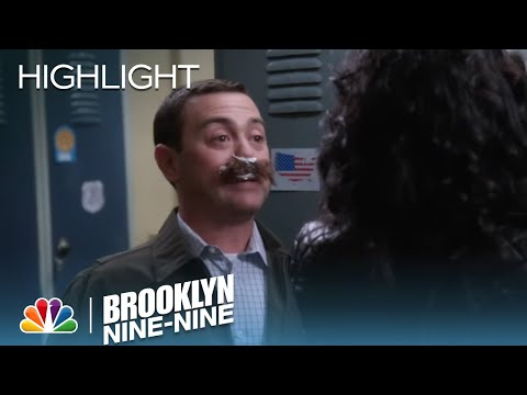 Brooklyn Nine-Nine 1.18 (Clip 'Boyle Swallows Stranger Hair')