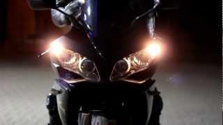 2. Yamaha YZF R1 2008