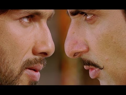 Shahid loves to take big risks - R..Rajkumar:  Watch Full Free Movies Here: http://bit.ly/WatchOnlineFreeMoviesShahid and Sonakshi love each other however, just when their love is about to flourish, Sonu Sood and Sonakshi's uncle Ashish Vidyarthi compromise and they decide to get Sonakshi married to Sonu Sood against her wishes. Angered Shahid bashes Sonu Sood's men and challenges him of getting married to Sonakshi one day in front of him.For Mobile Downloads Click: http://m.erosnow.comTo watch more log on to http://www.erosnow.comFor all the updates on our movies and more:http://twitter.com/#!/ErosNowhttp://www.facebook.com/ErosNowhttp://www.facebook.com/erosmusicindiahttp://plus.google.com/+erosentertainmenthttp://www.dailymotion.com/ErosNowhttp://vine.co/ErosNow http://blog.erosnow.com